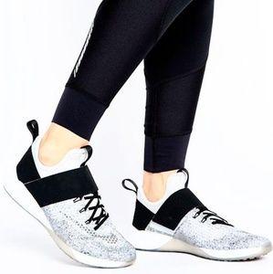 Nike Air Zoom Training Shoes Gray& Black